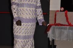 Jacqueline Beckers-Oppong brengt een aubade aan de jubilarissen