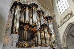 Dordrecht - een van de orgels van de grote kerk