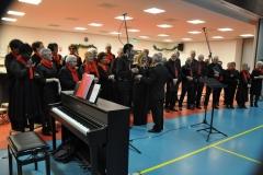 Kerstconcert Swalmen: bedankje voor dirigent en pianist