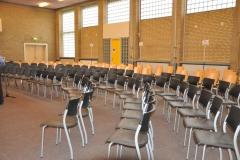 De gymzaal was omgebouwd tot repetitieruimte voor ruim 200 personen