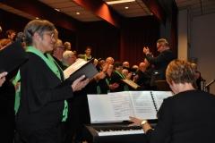 Aan de piano Annemie Sluijsmans-Meens